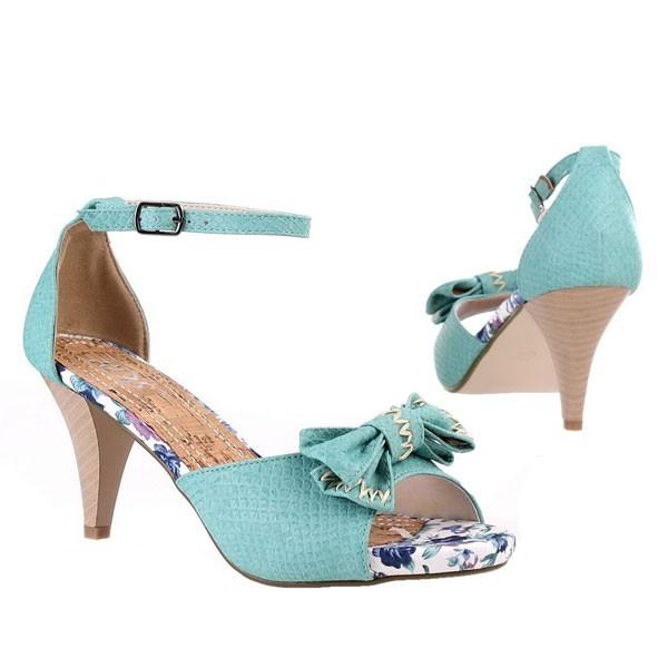 Türkise Sandalette mit Schleifchen