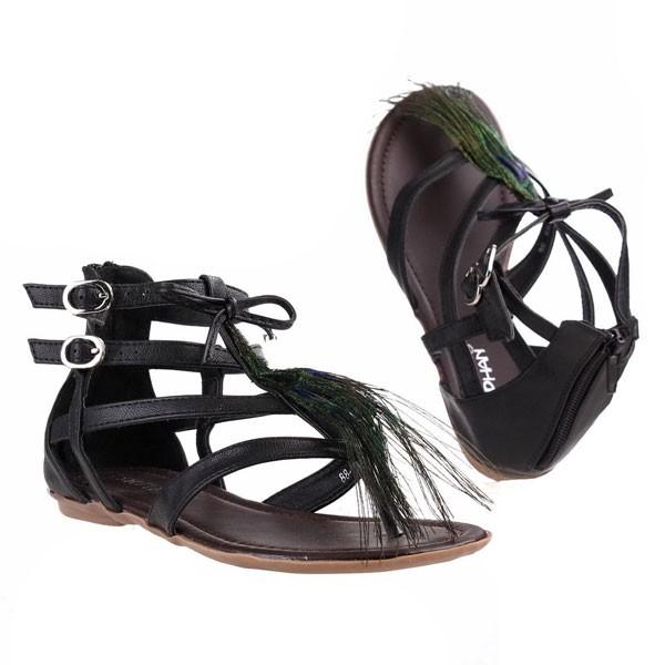 Schwarze Feder Sandaletten