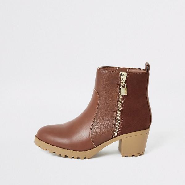 DS155 braune-stiefeletten-mit-blockabsatz-kunstleder diamond Shops untergrößen boots